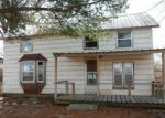 Foreclosed Home in Center Point 52213 4124 GREENS GROVE RD - Property ID: 4125409