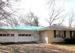 Foreclosed Home in Centralia 62801 32 EDGEWOOD LN N - Property ID: 4125439