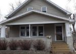 Foreclosed Home in Neenah 54956 324 DIVISION ST - Property ID: 4126318