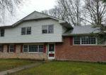 Foreclosed Home in Northfield 8225 2423 CEDARBRIDGE RD - Property ID: 4128132