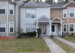 Foreclosed Home in Yorktown 23693 107 HEATHER WAY APT B - Property ID: 4128519