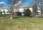 Foreclosed Home in Blountville 37617 2599 SUMMER HILLS DR - Property ID: 4128567