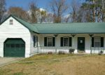 Foreclosed Home in Midway Park 28544 2040 HUNTERS RIDGE DR - Property ID: 4128748