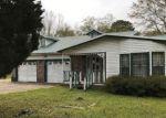 Foreclosed Home in Pascagoula 39581 3617 EDEN ST - Property ID: 4128884