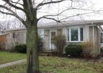 Foreclosed Home in Roseville 48066 19175 MASONIC BLVD - Property ID: 4128935