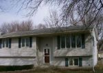Foreclosed Home in Grinnell 50112 1806 WEST ST - Property ID: 4129038