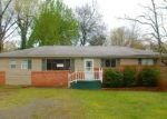 Foreclosed Home in Rossville 30741 726 MARY AGNES DR - Property ID: 4129111