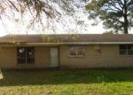 Foreclosed Home in Thibodaux 70301 220 PROJECT RD - Property ID: 4130293