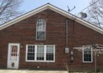 Foreclosed Home in Jeffersonville 47130 27 CENTER ST - Property ID: 4130343