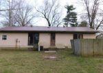 Foreclosed Home in De Soto 62924 3 CONCORD CIR - Property ID: 4131037
