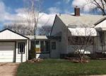 Foreclosed Home in Center Line 48015 8075 STEPHENS - Property ID: 4131210