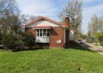 Foreclosed Home in Charleston 25303 315 ROSEMONT AVE - Property ID: 4131677