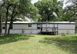 Foreclosed Home in La Vernia 78121 178 HICKORY HILL DR - Property ID: 4131843