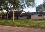 Foreclosed Home in Morgan City 70380 3218 LAKE PALOURDE RD - Property ID: 4132307