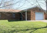 Foreclosed Home in Winchester 40391 238 VAUGHT RD - Property ID: 4132338