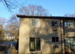 Foreclosed Home in Waterbury 6708 210 OAKVILLE AVE APT H - Property ID: 4132957