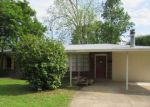 Foreclosed Home in Denham Springs 70726 108 JOAN ST - Property ID: 4134729
