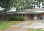 Foreclosed Home in Franklin 70538 1804 JOAN DR - Property ID: 4135730