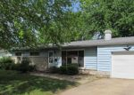 Foreclosed Home in Herrin 62948 152 CIRCLE DR - Property ID: 4137445