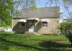Foreclosed Home in Machesney Park 61115 422 LIBERTY BLVD - Property ID: 4138111