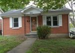 Foreclosed Home in Nicholasville 40356 300 LAKE ST - Property ID: 4138465