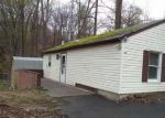 Foreclosed Home in Hopatcong 7843 114 MADISON TRL - Property ID: 4138750
