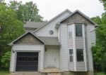 Foreclosed Home in Laurel 20707 7135 CARRIAGE HILL DR - Property ID: 4139660
