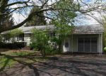 Foreclosed Home in Glenmont 12077 12 ASPRION RD - Property ID: 4139825