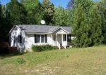 Foreclosed Home in Montross 22520 122 BAYLOR DR - Property ID: 4142010