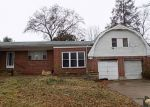 Foreclosed Home in Cherry Hill 8002 22 OAKVIEW AVE - Property ID: 4142451