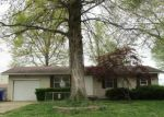 Foreclosed Home in Summerfield 62289 308 W PEEPLES ST - Property ID: 4142867