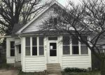 Foreclosed Home in Bloomington 61701 703 S ALLIN ST - Property ID: 4142893