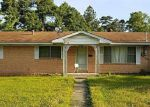 Foreclosed Home in Lufkin 75904 900 JEFFERSON AVE - Property ID: 4143694