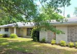 Foreclosed Home in Moss Point 39562 3809 SOMERSET DR - Property ID: 4144120
