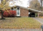 Foreclosed Home in Clarksville 47129 1545 ALTAWOOD DR - Property ID: 4144450