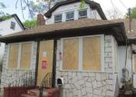 Foreclosed Home in Hempstead 11550 19 HUDSON PL - Property ID: 4144741