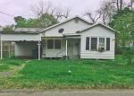 Foreclosed Home in Crowley 70526 317 E SPRUCE ST - Property ID: 4144853