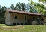 Foreclosed Home in Oneonta 35121 2098 ROBIN HILL RD - Property ID: 4144895