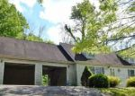 Foreclosed Home in Bedford 47421 228 PINHOOK RD - Property ID: 4144905