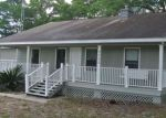 Foreclosed Home in Anthony 32617 9305 NE 16TH TER - Property ID: 4145111