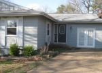 Foreclosed Home in Cherokee Village 72529 42 E WAKETA DR - Property ID: 4145145