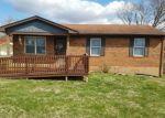 Foreclosed Home in Vine Grove 40175 110 HEMLOCK ST - Property ID: 4146004