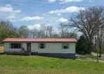 Foreclosed Home in Oliver Springs 37840 190 STRUTT ST - Property ID: 4146285