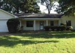 Foreclosed Home in Clinton 39056 206 CASA GRANDE DR - Property ID: 4146494