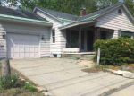 Foreclosed Home in Gloversville 12078 151 E FULTON ST - Property ID: 4146983