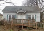 Foreclosed Home in West Frankfort 62896 206 E LINDELL ST - Property ID: 4147015