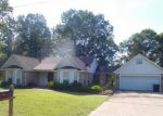 Foreclosed Home in Baldwyn 38824 1325 SHEPPARD CIR - Property ID: 4147305