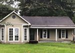 Foreclosed Home in Greenwell Springs 70739 10755 STONE PINE DR - Property ID: 4148090