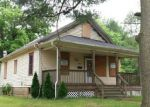 Foreclosed Home in Clayton 8312 235 N VINE ST - Property ID: 4152037