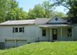 Foreclosed Home in Mount Vernon 62864 522 N 5TH ST - Property ID: 4152225